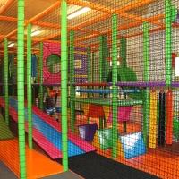 Detské centrum Rožňava, Pavučinový domček, pavúčia sieť, interiérové ihrisko, indoor ihrisko
