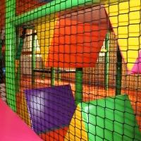 Detské centrum Rožňava, detské herné centrum, šmykľavka, šmýkačka, guličkové centrum, guličkové ihrisko, guličkový bazén, guličky, zábavné centrum, interiérové ihrisko, indoor ihrisko