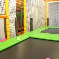 Detské centrum Rožňava, detské herné centrum, guličkové centrum, guličkové ihrisko, guličkový bazén, guličky, trampolína, zábavné centrum, interiérové ihrisko, indoor ihrisko